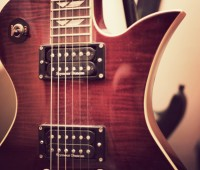 Giving guitar lessons is helping one University of Lincoln student fund her studies. | Photo: Anneka James