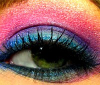 Bright make up has been heavily featured on catwalks this spring. Photo: