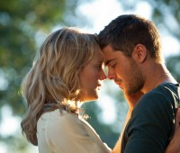 Zac Efron and Taylor Schilling star in the latest Nicholas Sparks adaptation. Photo: Warner Brothers Entertainment