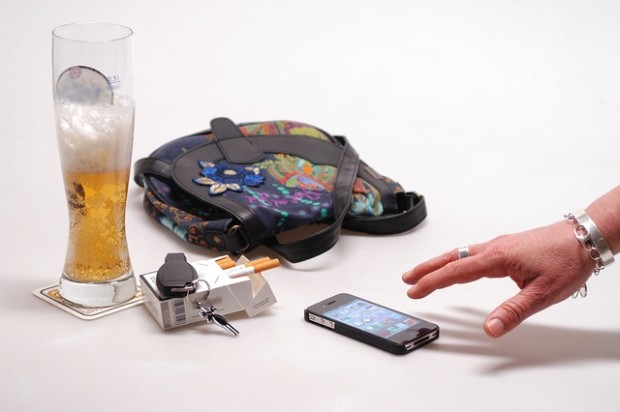 Phones are being targeted in clubs by organised crime gangs. Photo bronskiwantsyou2012 (via Flickr)