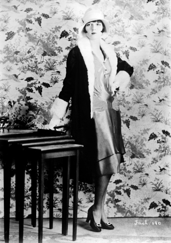 Fashion icon of the 30's, actress Louise Brooks.