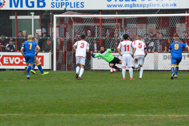 Tait scores the penalty to give Spennymoor the lead. (Photo Credit: Danny Adamson)